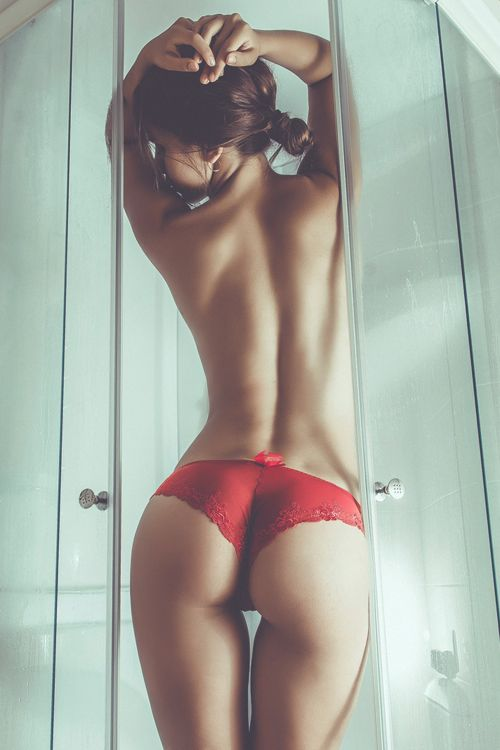 A Gorgeous Sensual and Seductive Photograph Of a Woman's Beautiful Back and Perfect Bottom.!!!