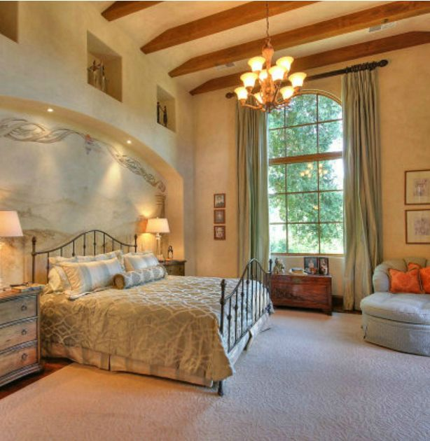 25 Best Ideas About Tuscan Style Homes On Pinterest: Top 25 Ideas About Tuscan Style Bedrooms On Pinterest