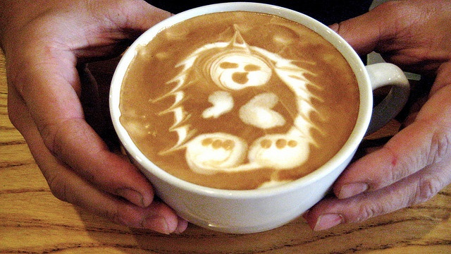 Hedgehog with Mohawk Latte Art by Thai