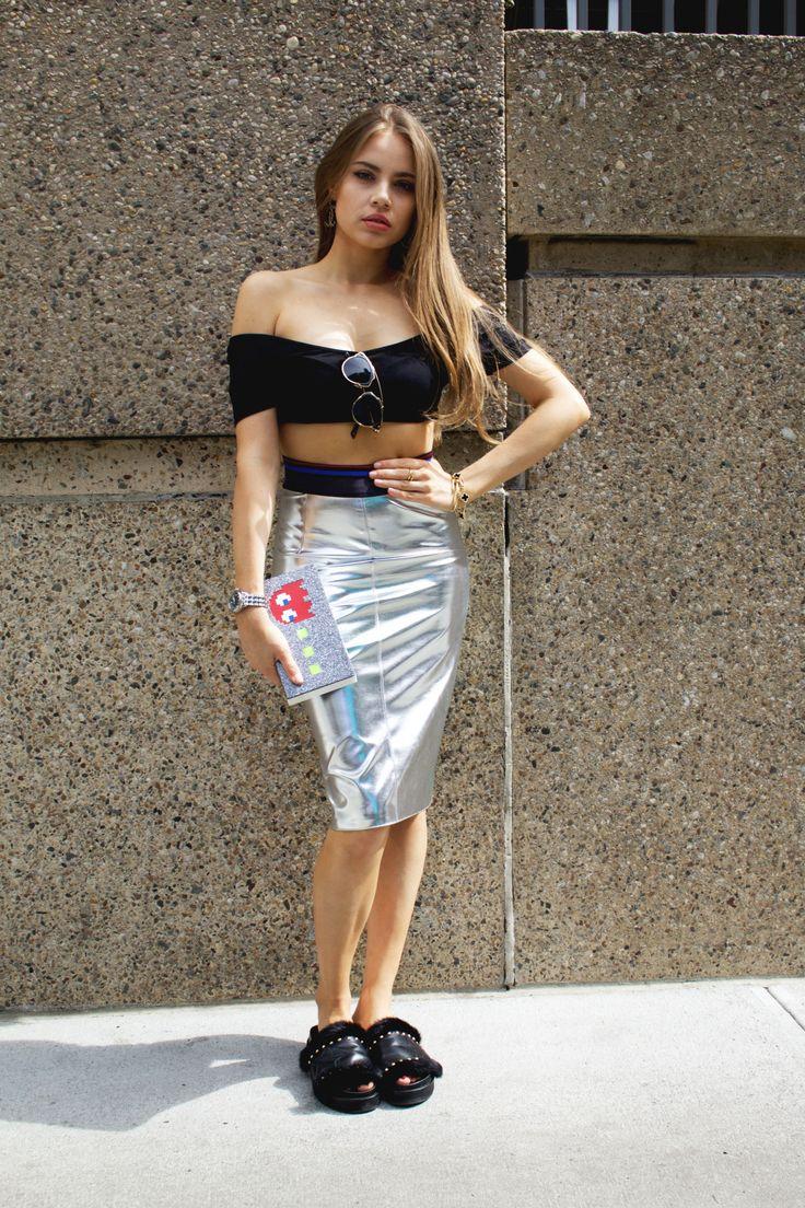 Xenia Tchoumi  New York Fashion Week Urania Gazelli  Pacman clutch  Plexiglass