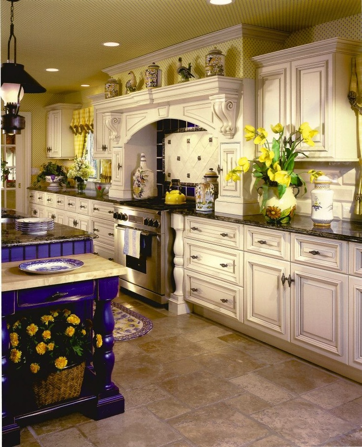 Country Style Kitchen With Painted Cabinets Kitchen