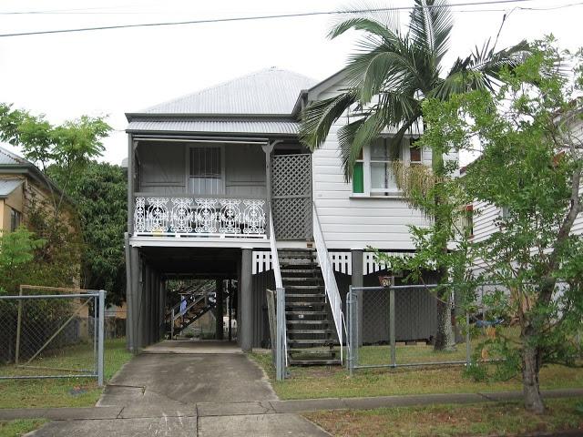 Fun and VJs: Queenslander house renovation blogs