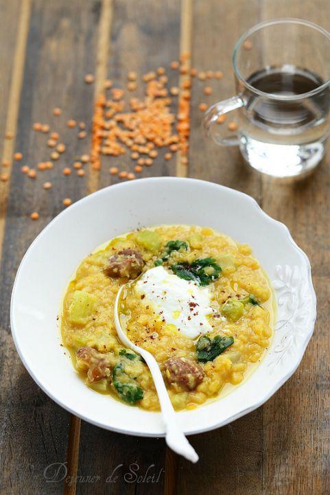 Soupe de lentilles, céleri, châtaignes et yaourt
