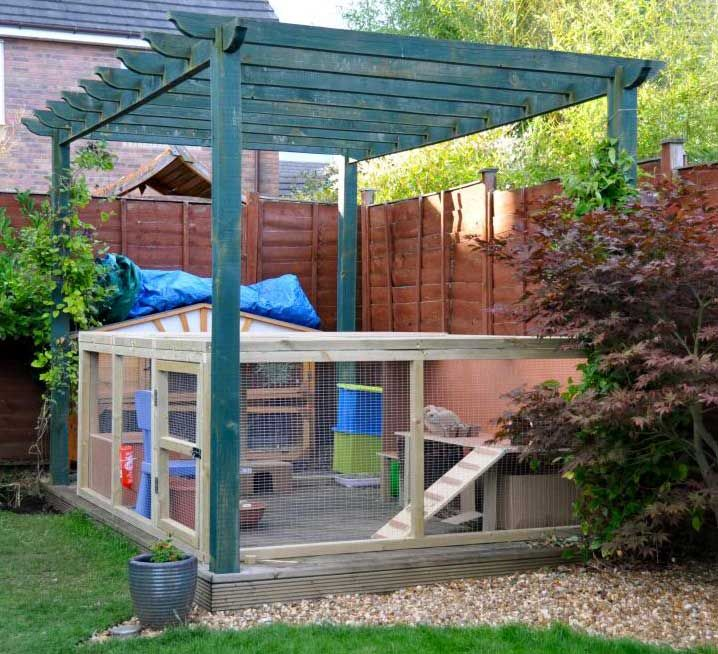 78 best ideas about guinea pig run on pinterest guinea for Outdoor guinea pig hutch