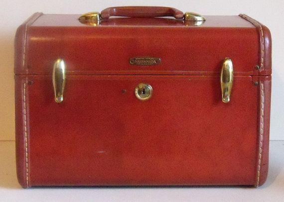 vintage samsonite luggage overnight case makeup case vintage makeup and love. Black Bedroom Furniture Sets. Home Design Ideas