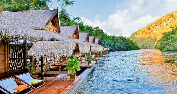 """L'hôtel Flottant """"The Floathouse River Kwai"""