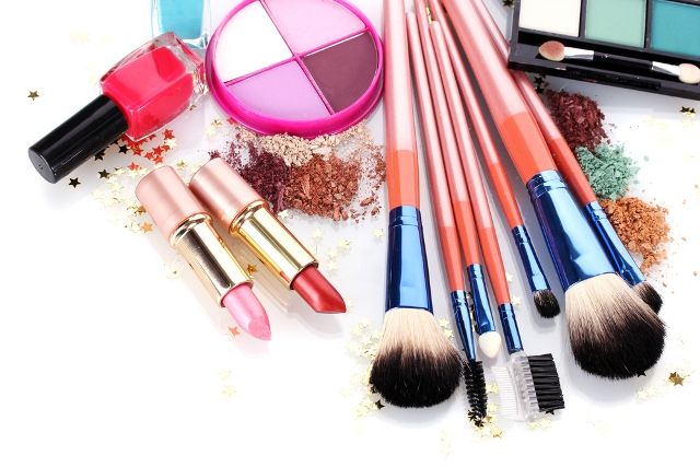 #Aplava #Offers: Get upto 55% cashback on #BeautyProducts, #Accessories using #Coupons.