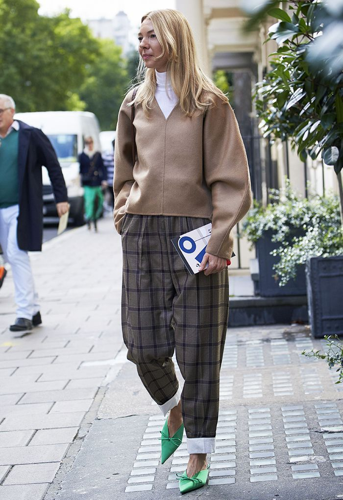 33 Street Style Looks From London Fashion Week to Inspire Your Wardrobe via @WhoWhatWearUK