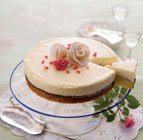 Hvid drømmekage - mandelbund med hvid chokolademousse
