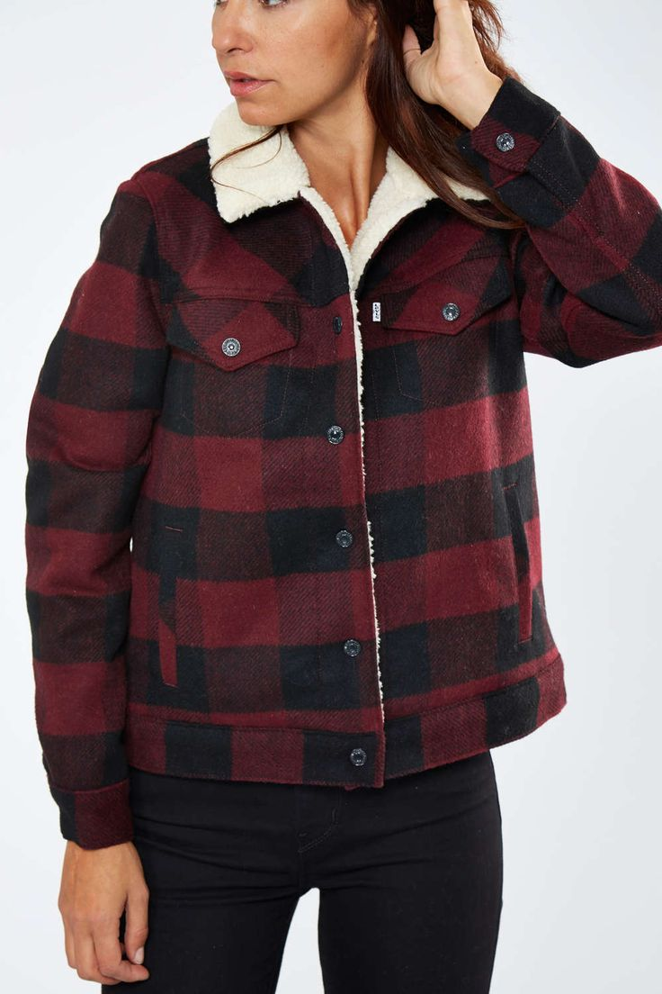 ⇒ Levi's Blouson Levi's Ex Boyfriend Sherpa Trucker Carreaux Bordeaux Femme Veste Et Manteau | Livraison Et Retour Gratuits