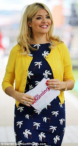 Holly Willoughby in our Boutique by Jaeger palm tree dress #thismorning