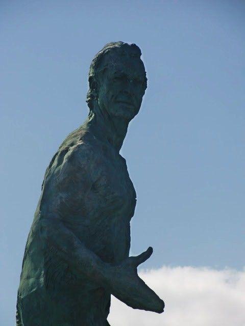 Desde las Islas Canarias ..Fotografias : Arte en las Calles ...Alfredo Kraus ...escultura ....