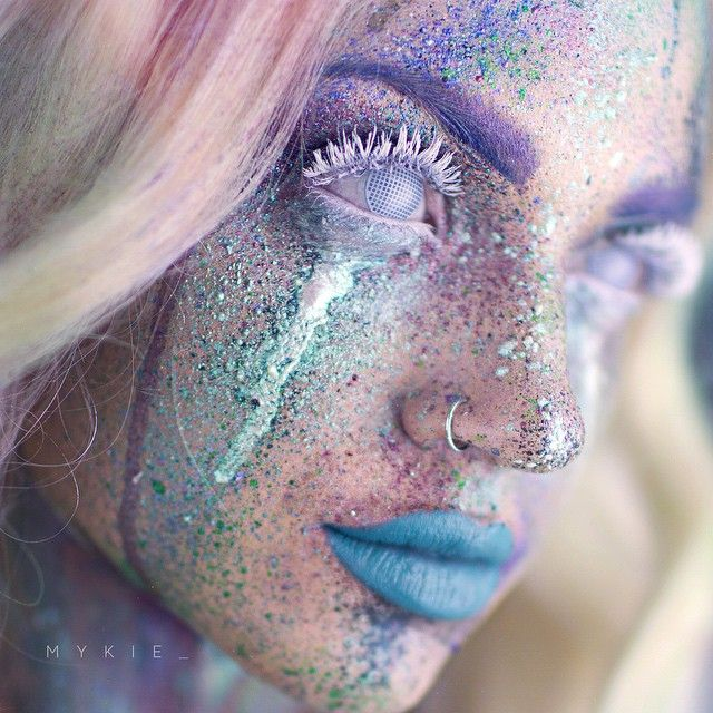 This is the Amazing, Colorful @mykie_ from Instagram, wearing CamoEyes White Mesh Contact Lenses on her beautiful Splatter makeup look!