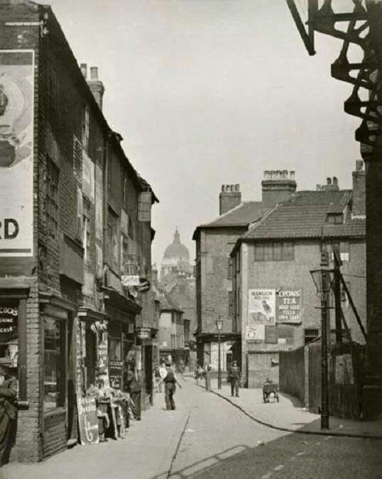 1931 Narrow Marsh Nottingham.