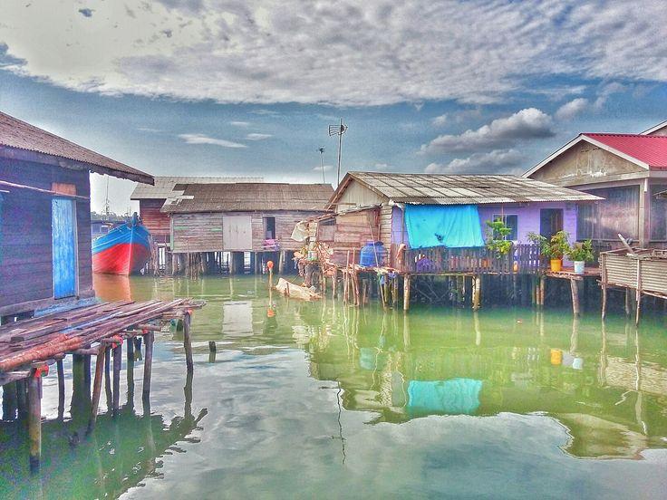 Tempat berenang disaat kecil...  Tanjungpinang kepulauan Riau @pelantar Datok 080716