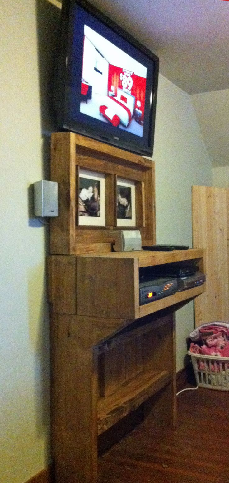 The Bedroom TV Shelf Project