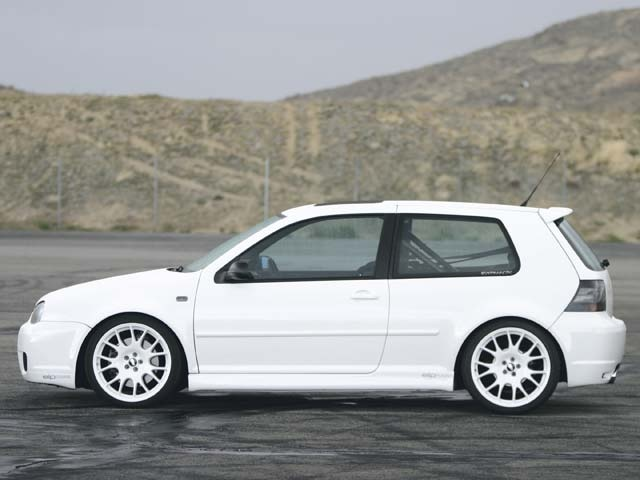 First person to paint a mk4 R32 white in the US