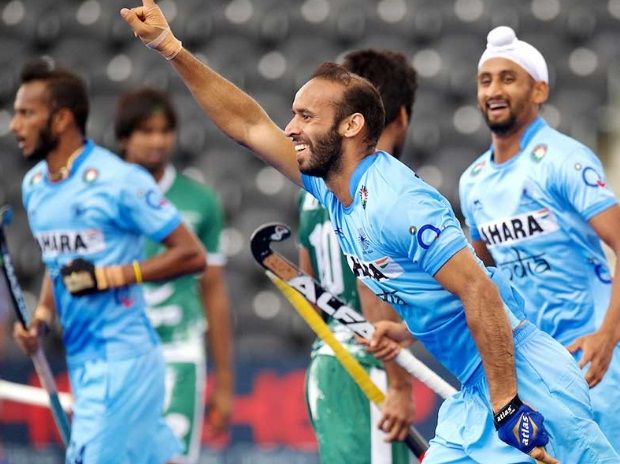 Hockey World League: India hammers arch-rival Pakistan 6-1 in semifinals http://indianews23.com/blog/hockey-world-league-india-hammers-arch-rival-pakistan-6-1-in-semifinals/