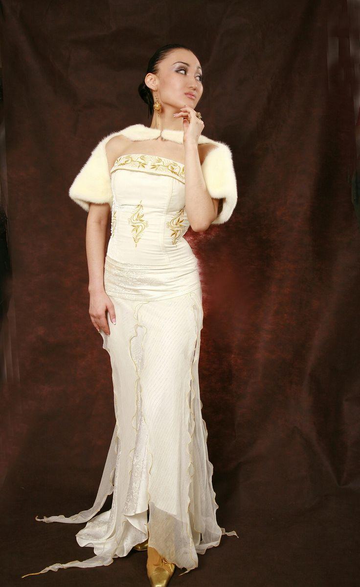 17 besten Казахские платья Bilder auf Pinterest | Brautkleider ...