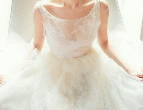 1000+ Ideas About Pearl Wedding Dresses On Pinterest