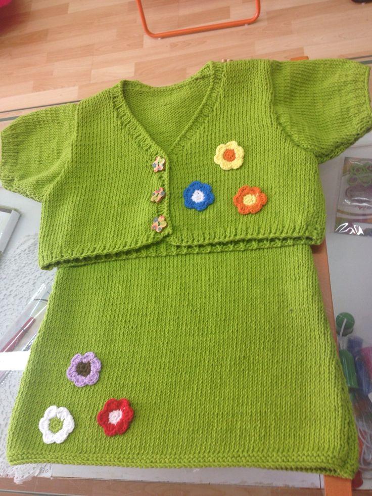 Conjunto de vestido bebe con chaqueta a juego, ejido con algodón 100%