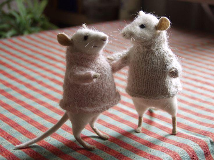 ratones en los suéteres
