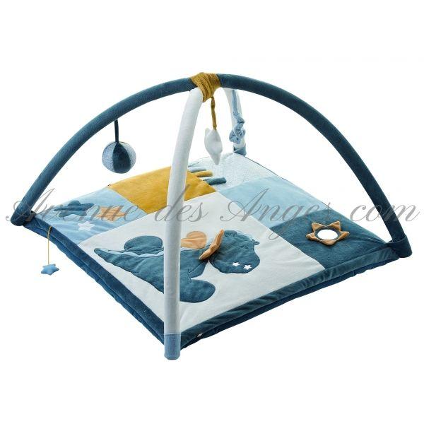 Tapis d'éveil Victor et Lucien de #Noukies: un espace de découverte, ce tapis d'éveil est un magnifique cadeau de naissance pour un petit garçon.  http://www.avenuedesanges.com/fr/noukies-victor-et-lucien/2627-tapis-d-eveil-5413042383560.html