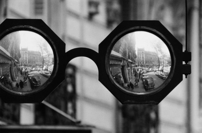 Robert Doissneau #glasses #street
