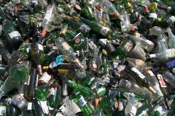 Sammelerfahrung der Energie AG: Altglas sorgt für den größten Müllberg zu Weihnachten und zum Jahreswechsel