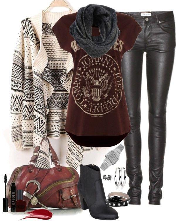 Ramones Rock 'N' Roll Style...
