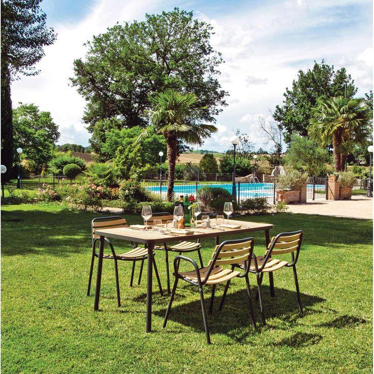Détail du prix:1 table et 4 fauteuils                                                                                                                                           Nombre de convives:4                                                ...