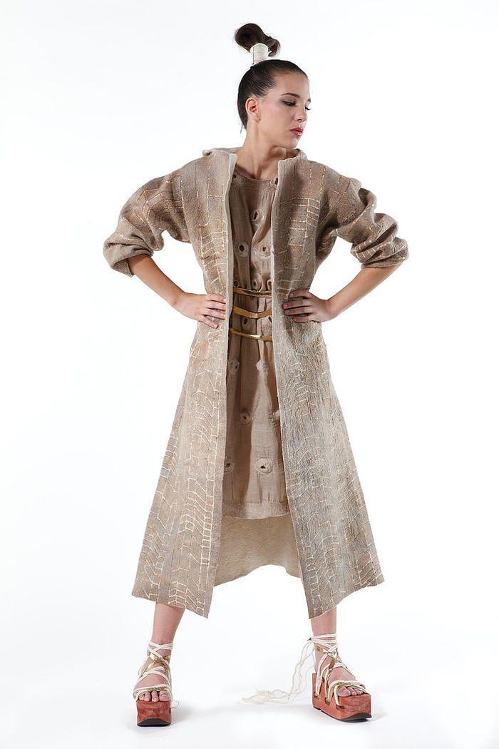 Последний номер журнала Felt Fashion выйдет из типографии 25 декабря. Заказать его можно на сайте  http://feltfashion.ru/market/akcii_i_podarki/predzakaz_dekabr_2015/