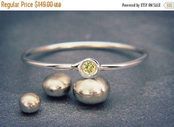 best 25 unusual wedding rings ideas on pinterest unusual engagement rings engagement rings not diamond and rustic engagement rings - Unusual Wedding Rings
