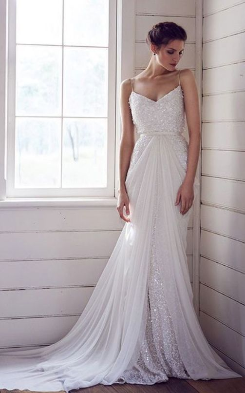 20 chiffon wedding dresses for a romantic bridal look