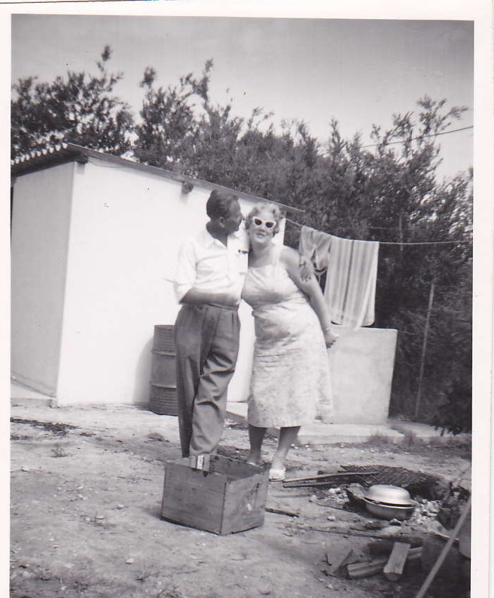 Ouma and Oupa braaing in Kleinmond in the 60's...........I now know here I get my love of sunglasses from!