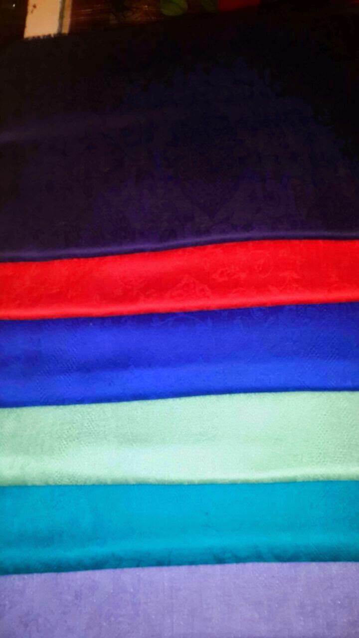 Cashmere shawls in different colors