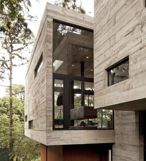 Design Et B Ton Pour Cette Villa En For T Architecture
