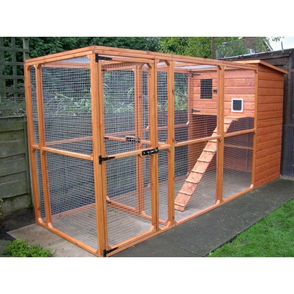 Ellis Outdoor Cat House and Cat Run with Security Porch-Manchester