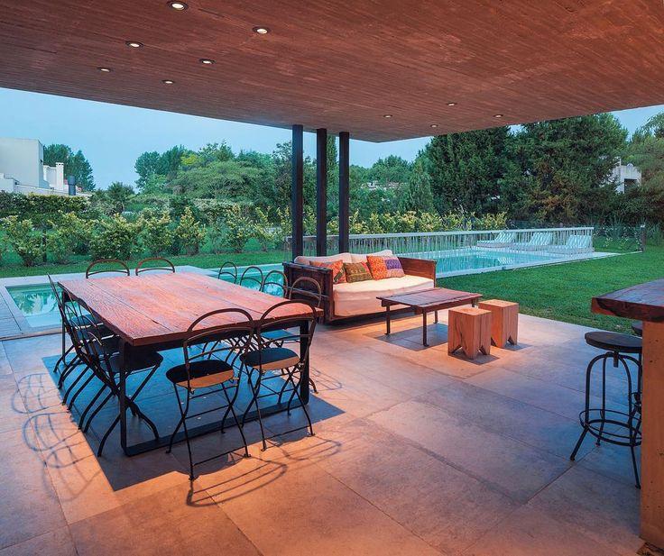 Por Estudio Gamboa @estudio.gamboa. Podes ver más de esta #obra y este #estudio googleando: c-0018-2-4-007. #arquitectura #house #arquitectos #design #construccion #arquitectosargentinos #buildings #casas #architecture #diseño @alejandroperalphotography