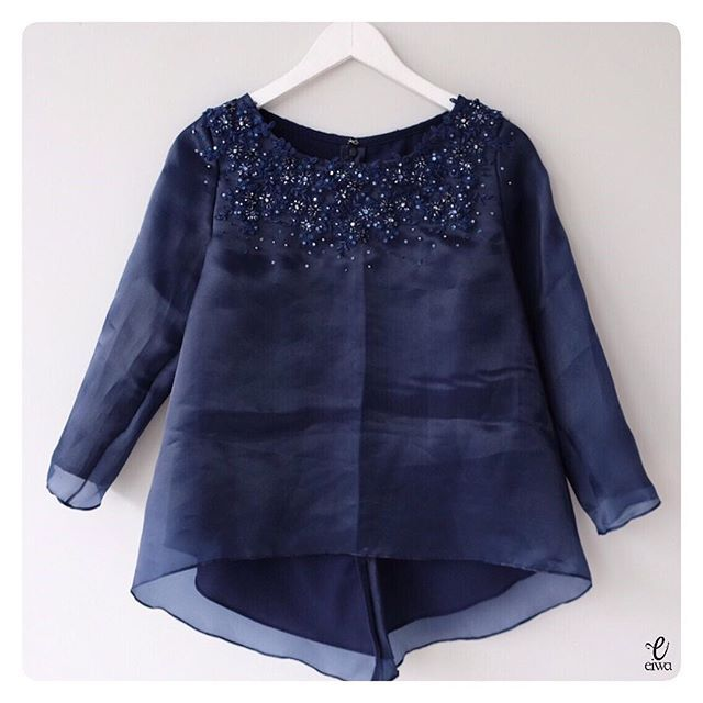 ✂️MBM - PO AVAILABLE✂️ TOP0658 (navy) Bust 96cm Sleeve 50cm Length 55/65cm fully lined For more details and price please contact us :) LINE : @eiwaonline (with @) WA : +6289687171323 -- *Colors may appear slightly different due to lighting during photoshoot, pc/smartphone picture resolution, or individual monitor setting.