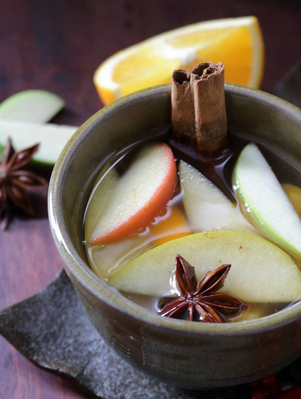 Warm Spiced Apple Cider / http://bamskitchen.com
