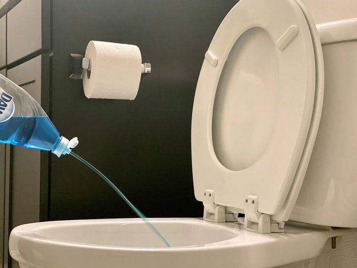 Unclog your toilet with this simple and ingenious trick