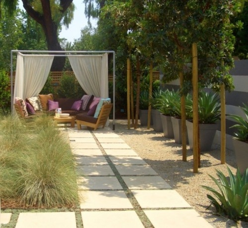 """This """"room"""" was created with PVC pipe and a few yards of gauzy fabric. l.: Modern Gardens, Gardens Ideas, Landscape Architecture, Outdoor Rooms, Backyard, Pvc Pipes, Outdoor Spaces, Shades Of Green, Green Landscape"""