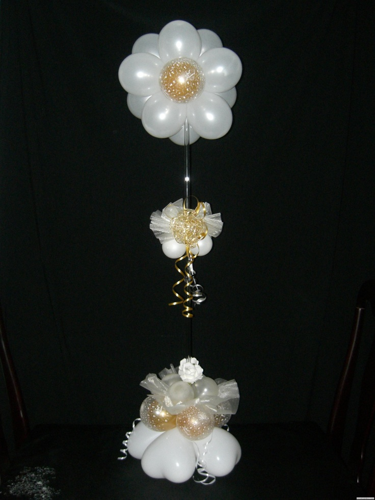 Flower table centerpiece decoracion con globos for Balloons arrangement decoration