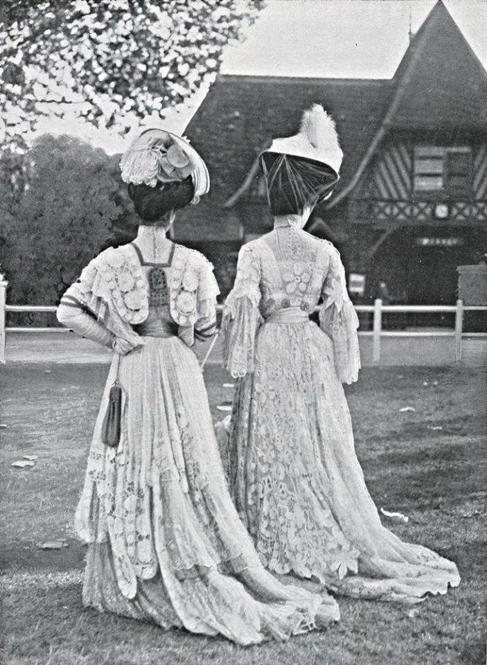 Aux courses, Deauville, 1906.