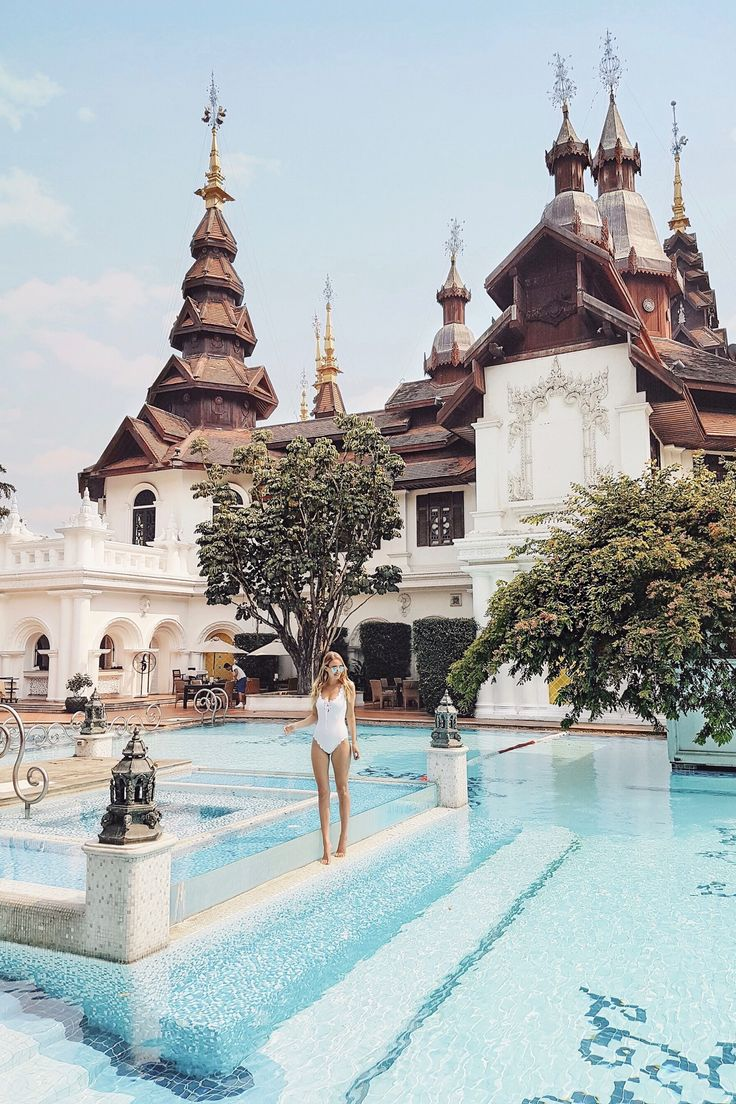 Pool time in Chiang Mai I Thailand: http://www.ohhcouture.com/2017/03/monday-update-47/ #leoniehanne #ohhcouture