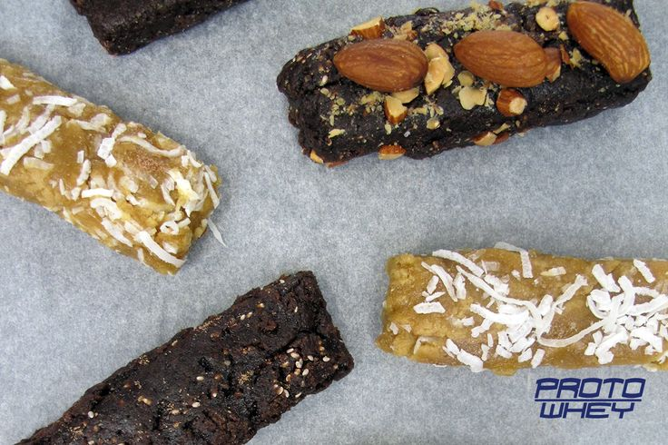 Homemade energy bars with protein powder