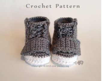 "Work Sock Winter Booties - CROCHET PATTERN  PLEASE READ: ** THIS LISTING IS NOT FOR FINISHED BOOTS, it is for an instant download PDF Crochet Pattern to make the Baby Booties as shown. ** Due to the nature of digital downloads there is no refund on digital products.   ƸӜƷ.•°""˜˜""°•.ƸӜƷ•°""˜˜""°•.ƸӜƷ•°""˜˜""°•.ƸӜƷ.•°""˜˜""°•.ƸӜƷ•°""˜˜""°•.ƸӜƷ•  Super cozy and fun booties for the special little one in your life. This easy to advanced beginner pattern works up in just a few hours.  Pattern offers…"
