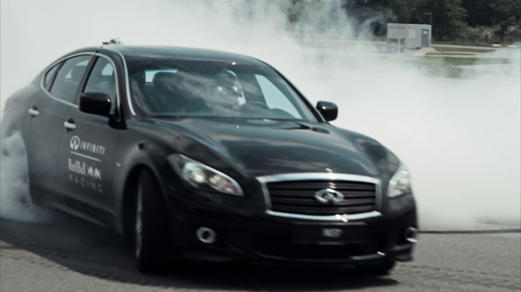 One of the Infiniti cars driven by Sebastian vettel and Sebastién Buemi during the Scream Challenge.  Click to discover what 10 people did to win GEOX's new Fall Winter Collection!