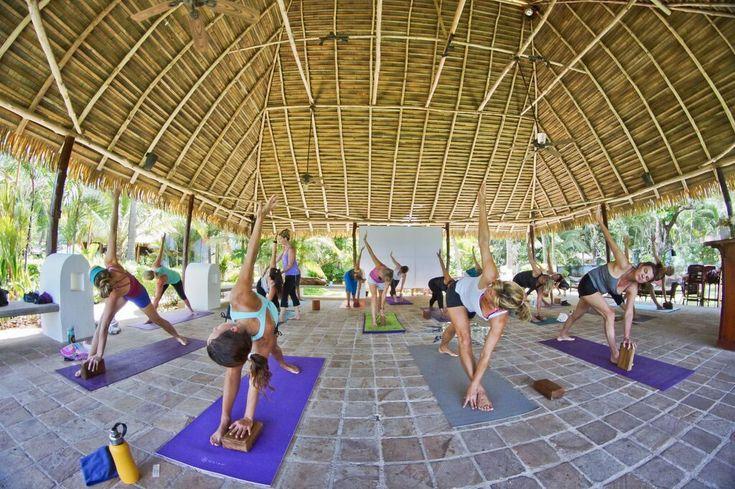 Retiros Wellness en Potrero Guanacaste Retiros #Wellness en #Potrero #Guanacaste El hotel en playa Potrero busca atraer a huéspedes que quieran #relajarse y #mejorar su #salud. Disfrutar enfocado en el #bienestar, con clases de #yoga, #pilates, además de un menú especial con platillos #gourmet donde los productos locales son protagonistas, es la propuesta que tiene el #HotelBahíadelSol, en playa Potrero #Guanacaste.